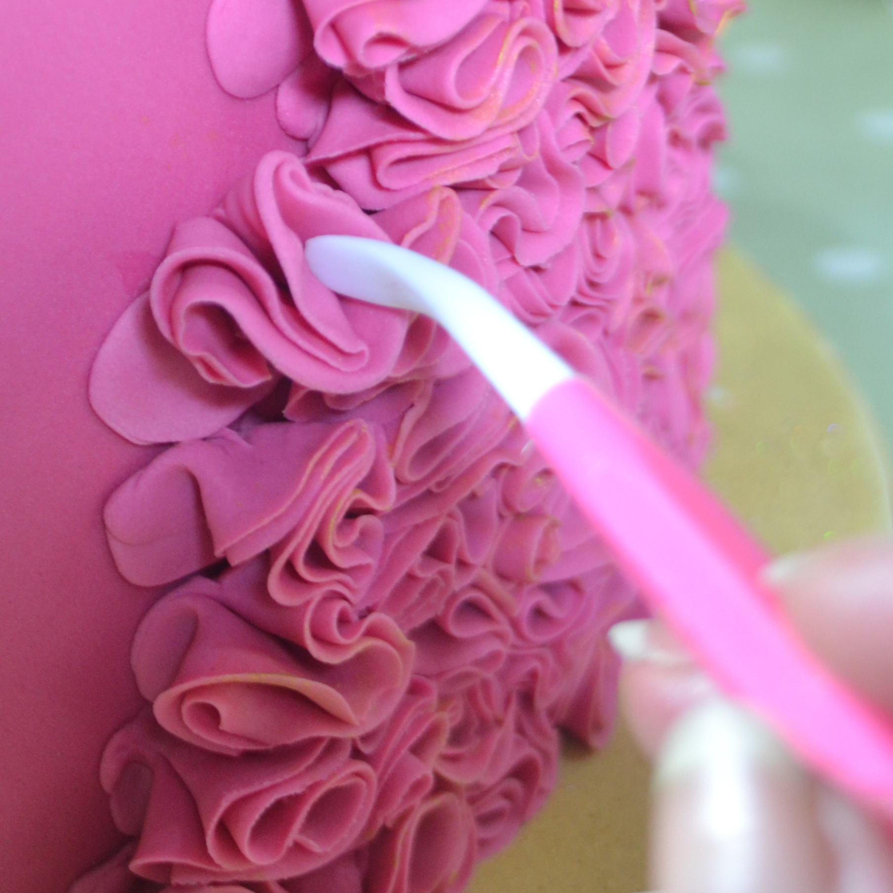 How To Make Ribbon Cake Icing