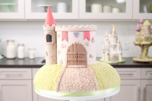 Castle Cake - Rosie Cake-Diva and Craftsy - Tower and Turret - Knights and Kingdoms