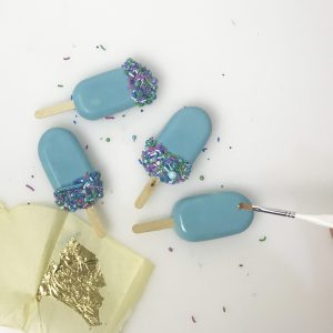 Cakepops and cake sickles